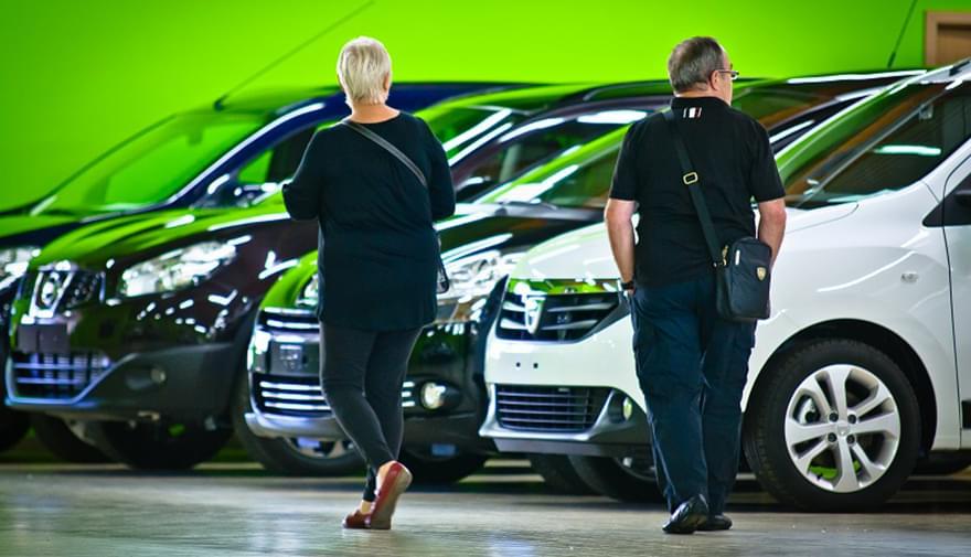 Qarson : les Français achètent désormais leur voiture sur Internet !